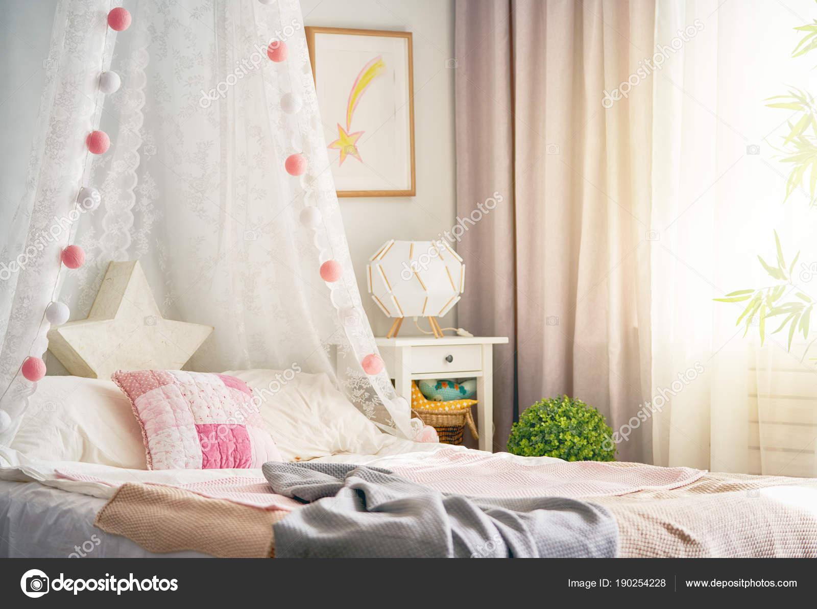 Sypialnia Dla Dzieci światła Zdjęcie Stockowe