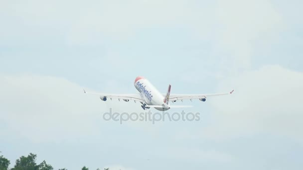 Edelweiss Airbus 340 take off