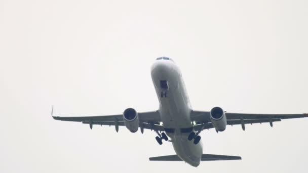 Finnair Airbus 321 odjezd