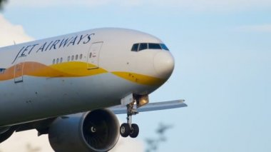 jet airways takes off with citrix Jet airways steps up airline price war by offering 20 lakh tickets at rock this morning viewers are left in shock after woman takes off her nose live on.