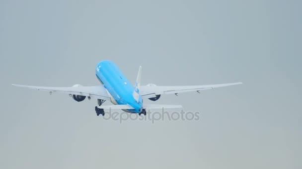 klm boeing 777 Abfahrt