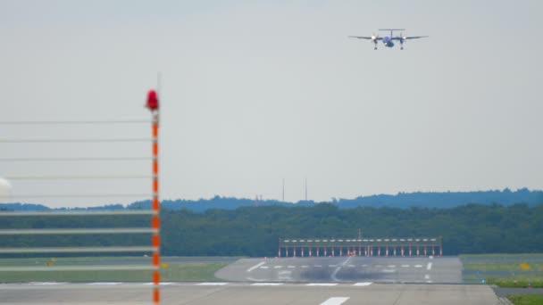Turbovrtulová letadla před přistáním