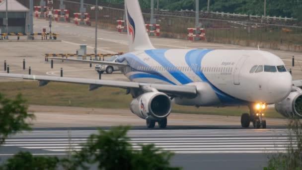 Bangkok Air Airbus 320 pojíždění
