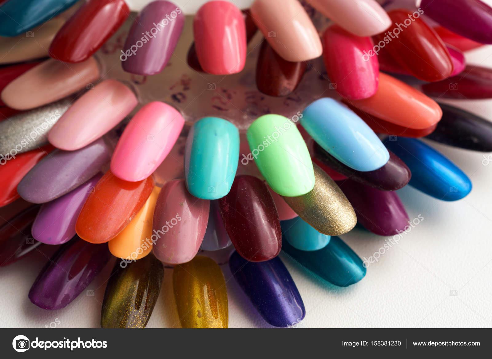 Fondo De Diferentes Colores De Uñas Polaco Paleta Foto De