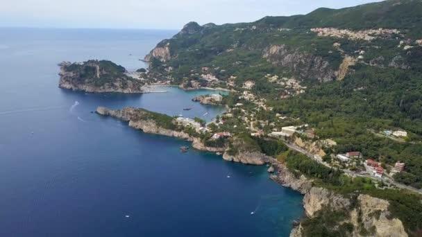 Flug über Paleokastritsa Bucht, Griechenland, Korfu Insel