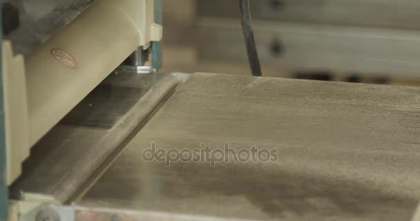 Dřevoobráběcí stroje detail, v soukromé truhlářskou dílnou