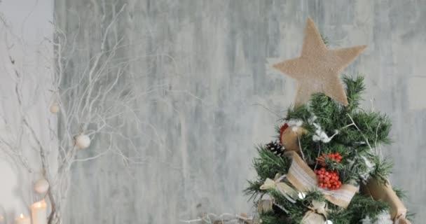 Vánoční a novoroční výzdobu. Dolly ozdoby na vánoční stromeček.
