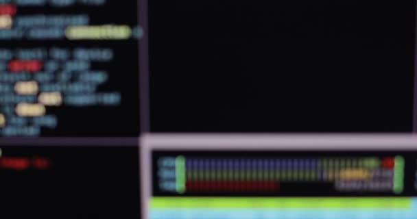 Codice di programma offuscata. Codice di computer in esecuzione in uno spazio virtuale