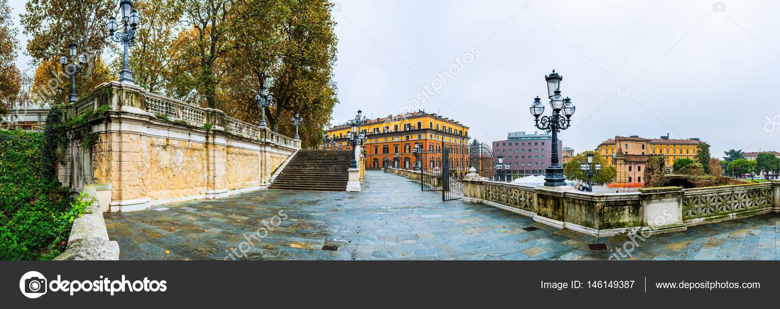 Scalinata Del Pincio A Bologna Italia Foto Stock