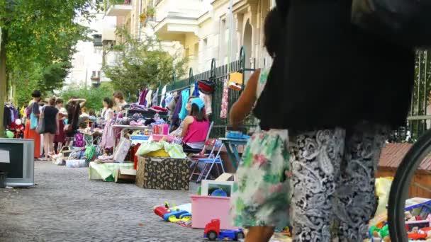 Potsdam, Německo - září 10 2016: bleší trh. Postupim je v německé spolkové zemi Braniborsko, na řece Havel