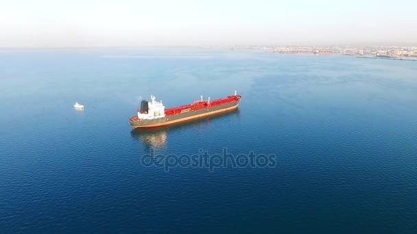 Moře nákladní loď