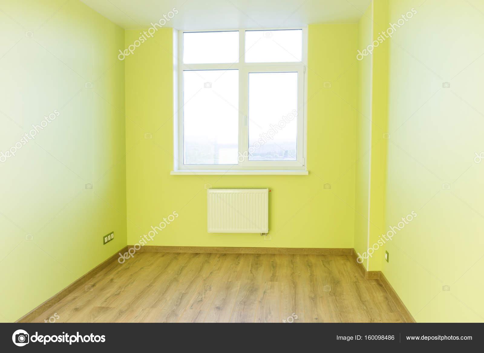 Wohnzimmer Innenraum des grünen leeren Raum — Stockfoto © dovapi ...