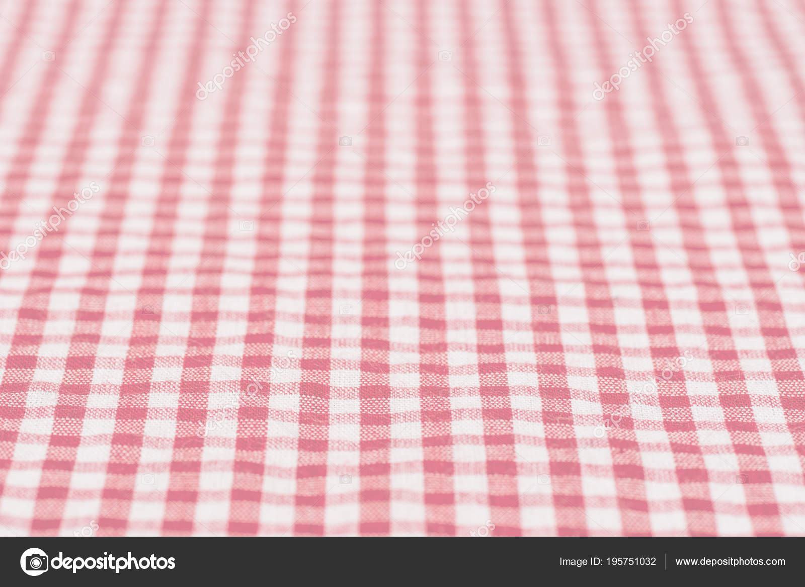 Immagini Quadretti Bianco E Rosso Tovaglia A Quadretti Cucina