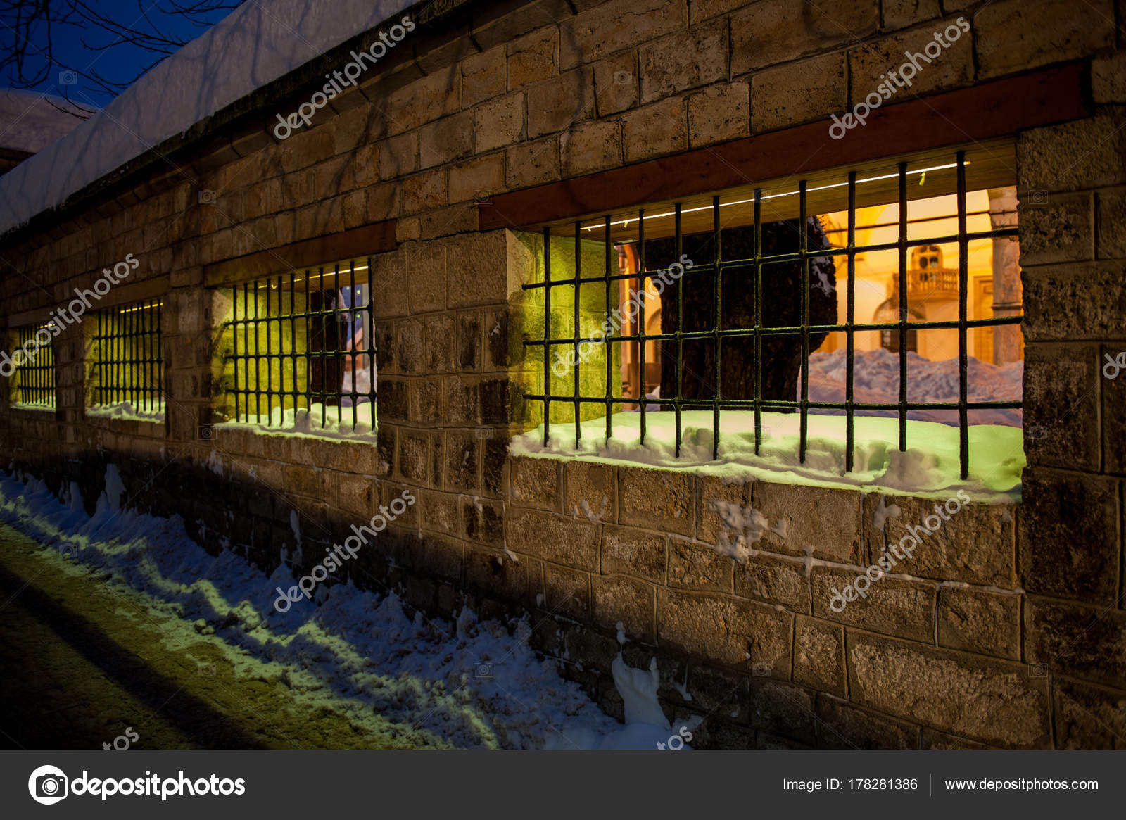Winter Alten Traditionellen Stadt Sarajevo Bosnien — Stockfoto ...
