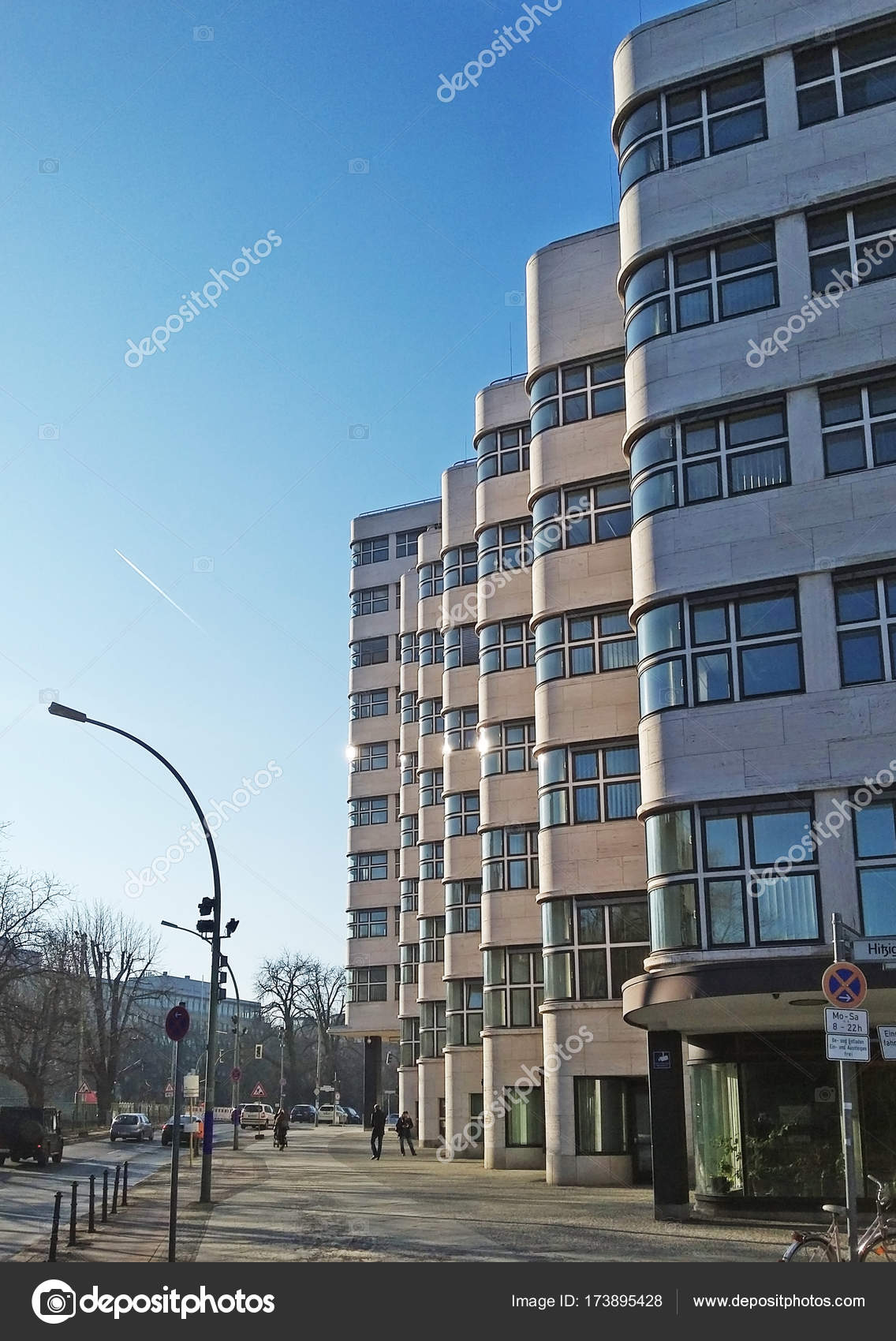 Bauhaus Charlottenburg bauhaus architecture berlin stockfoto bitpics 173895428