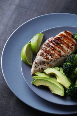 chicken fillet with avocado