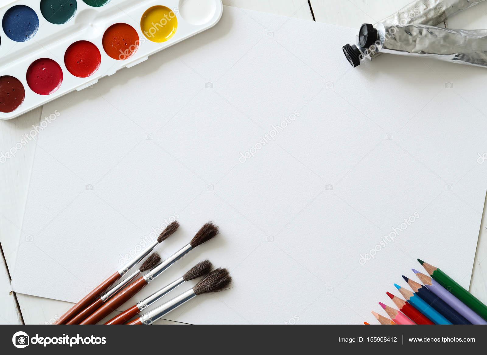 Objetos Sobre La Mesa Para Colorear Herramientas Para Pintar En La