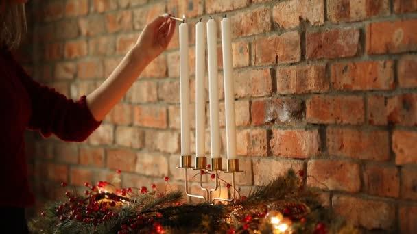 svíčky na vánoční žena