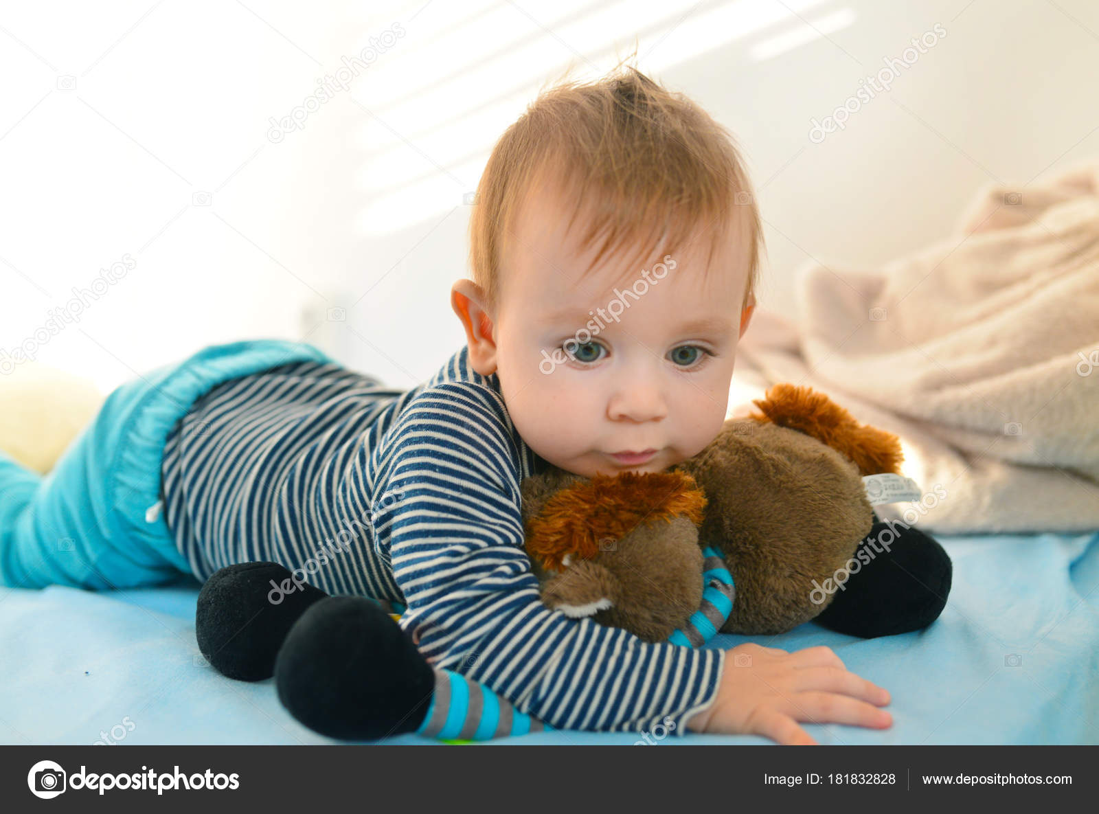 f0cc5047cd6d baby kid with toy — Stock Photo © tony4urban  181832828