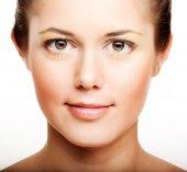žena s zdraví kůže obličeje zblízka