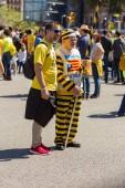 Katalánské demonstranti s národní katalánské symboly v Barceloně podporovat svobodu politických vězňů