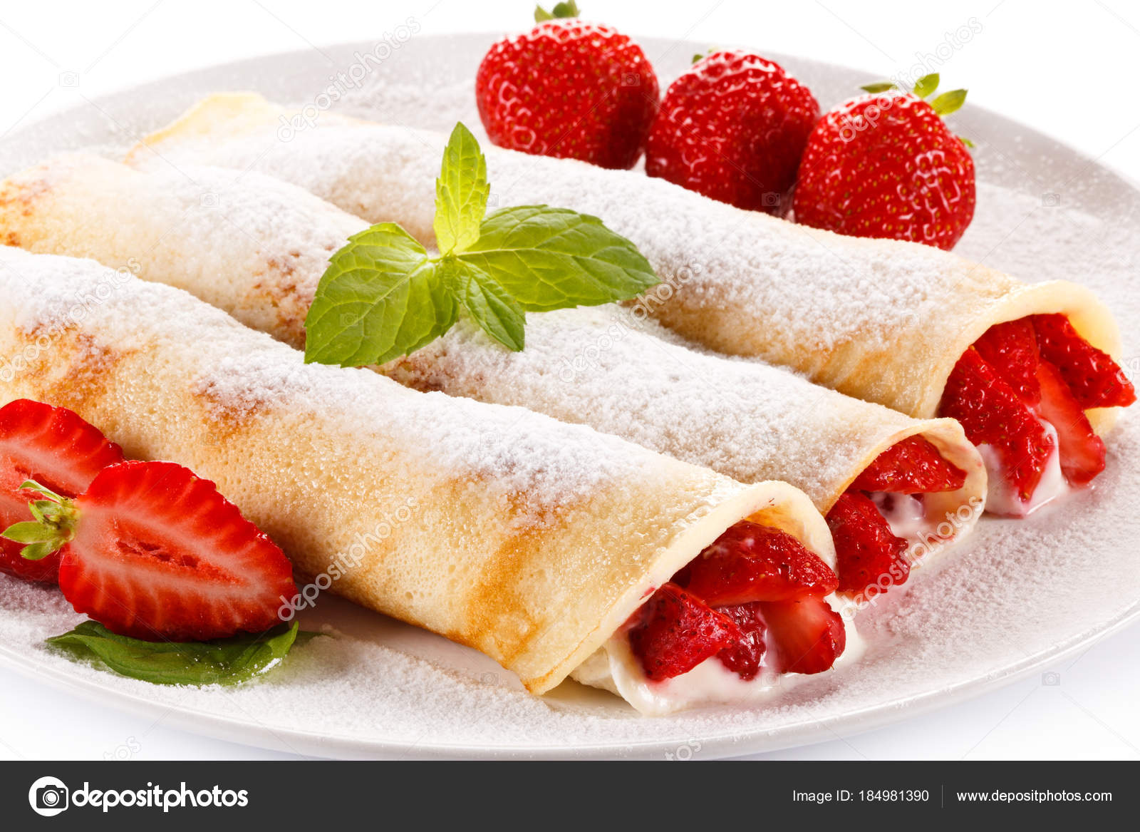 pancakes with strawberries - HD1280×853