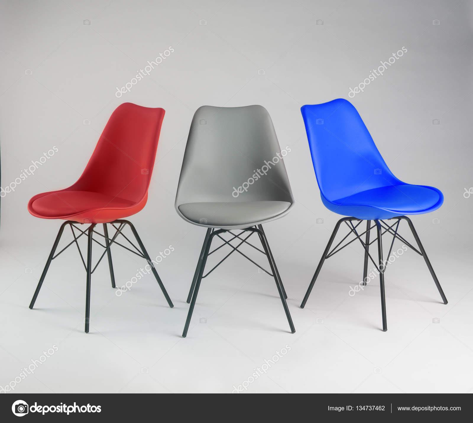 Bezaubernd Bunte Stühle Galerie Von Lustige Stühle, Isoliert — Foto Von Av_photo