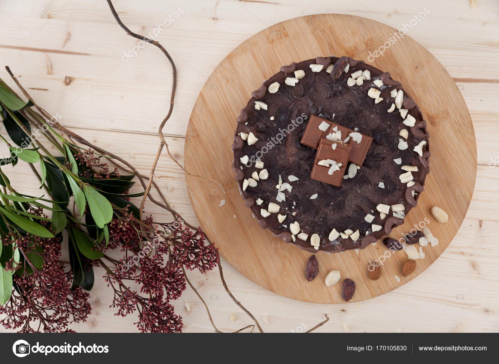 Vegane Snickers Kuchen Stockfoto C Blanaru 170105830
