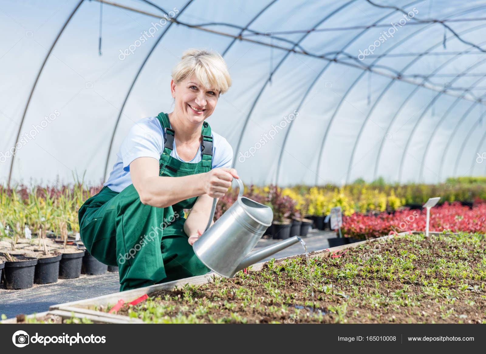 Mature et Jardinier