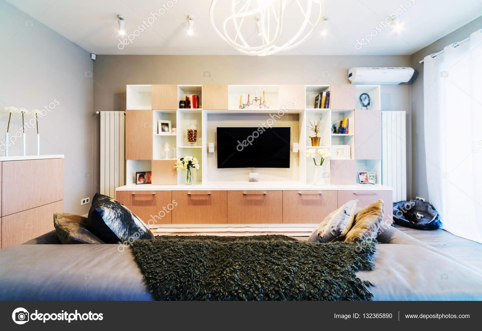 Interieur van moderne woonkamer u2014 stockfoto © baburkina #132365890