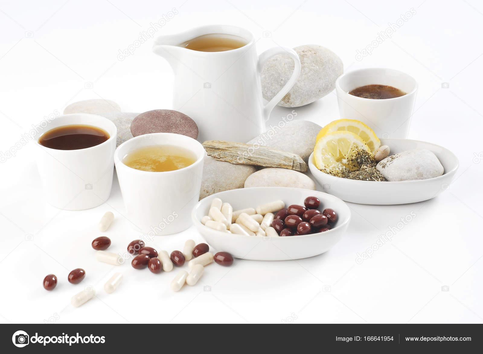 Diat Pillen Mit Anordnung Von Kaffee Und Tee Tassen Stockfoto