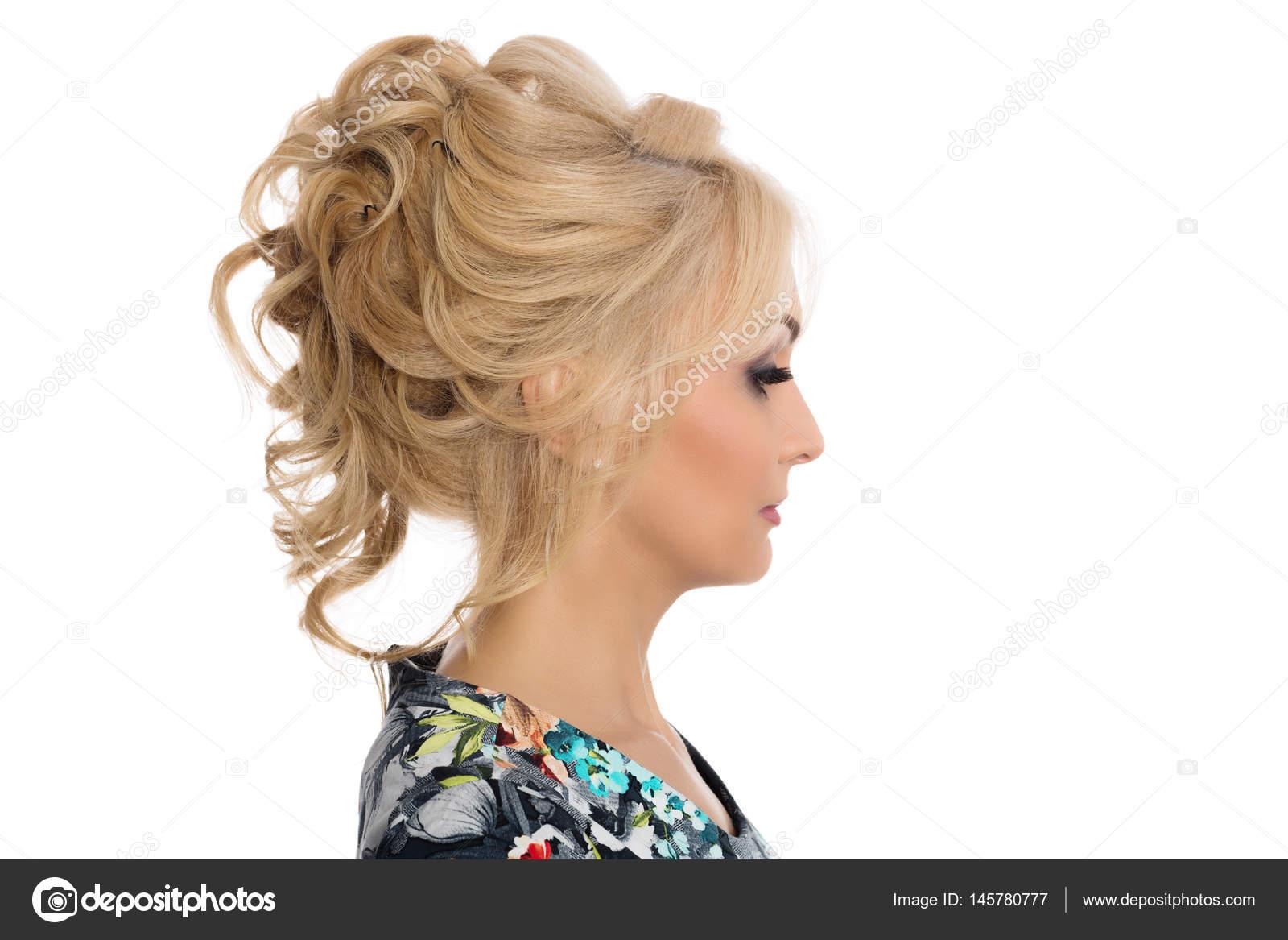 Madchen Frisur Modell Zeigt Im Profil Stockfoto C Stas K 145780777