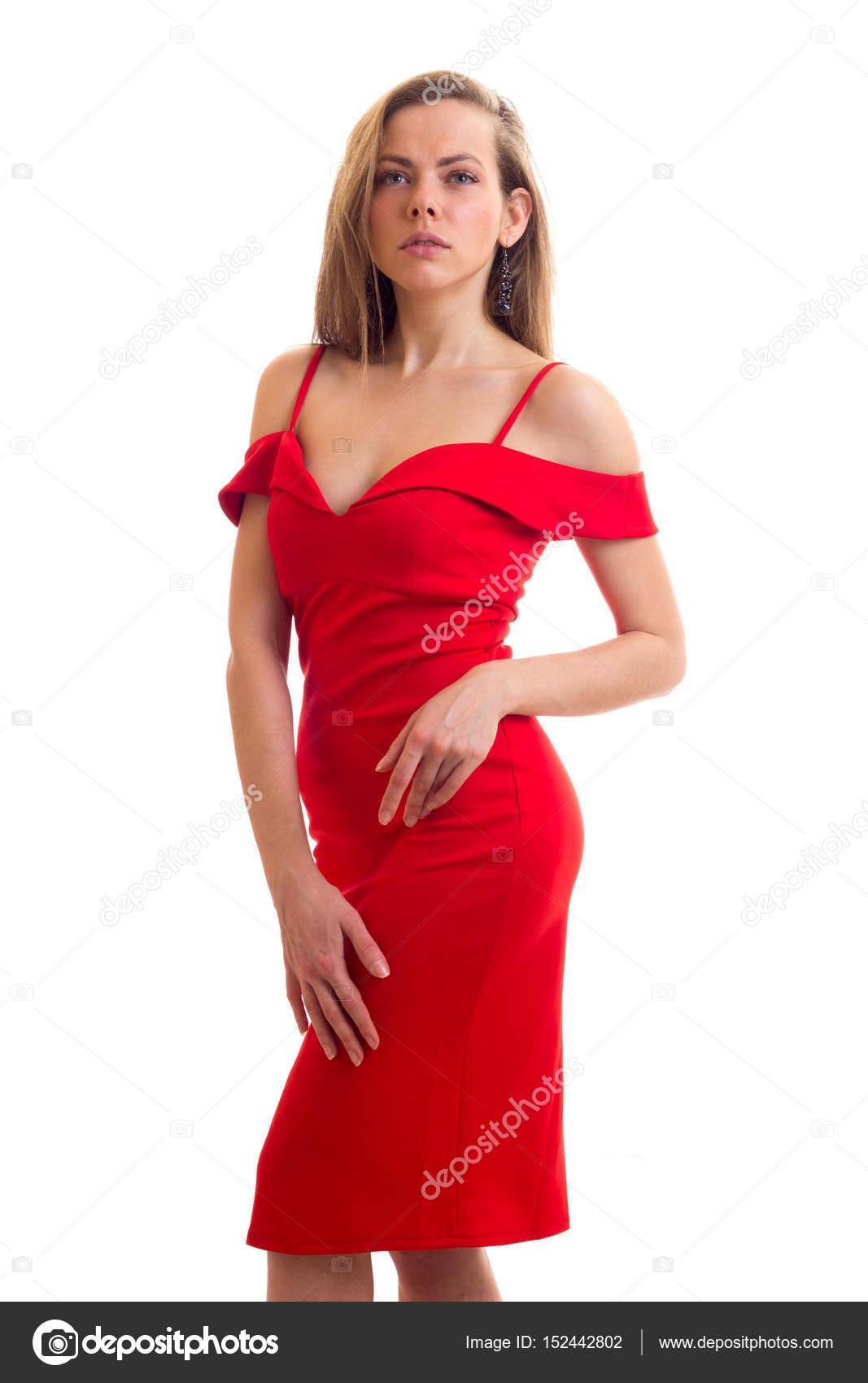 316cb3c81955f Junge frau im roten kleid — Stockfoto © Dmitroza #152442802