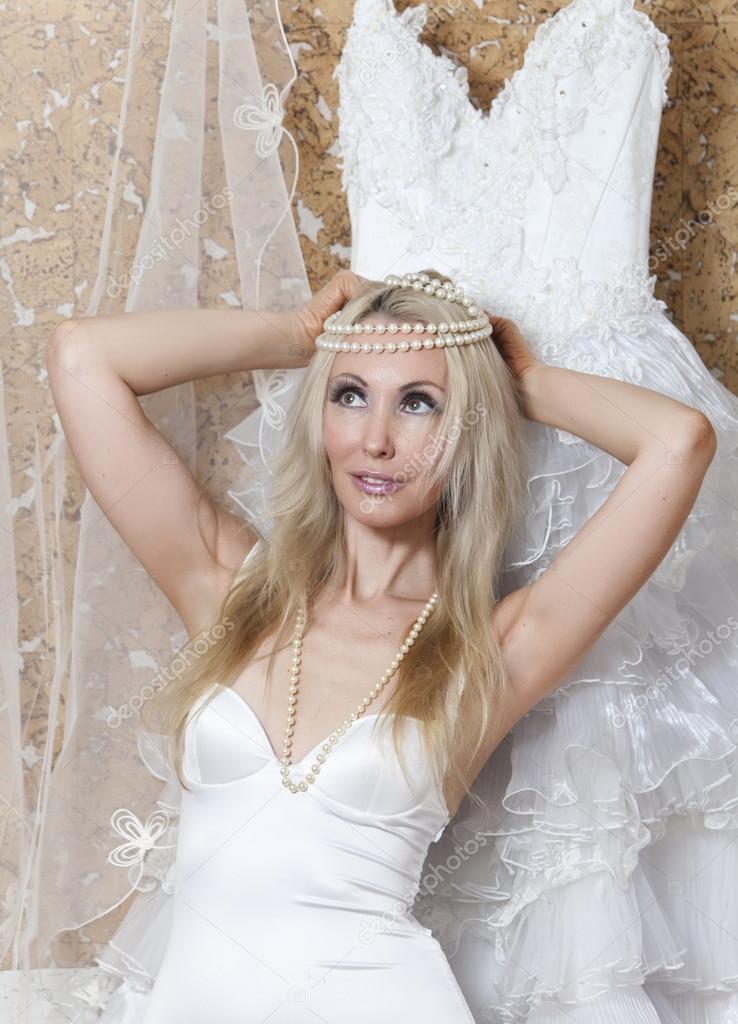 Mujer vestida de novia sueno
