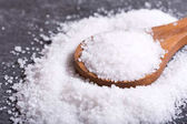 Egy fakanállal tengeri só