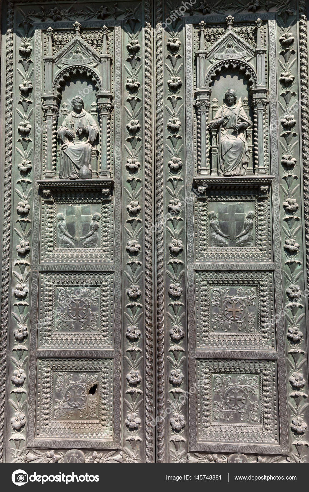 The door of Basilica of Saint Anthony in Padua u2014 Stock Photo : anthony door - pezcame.com