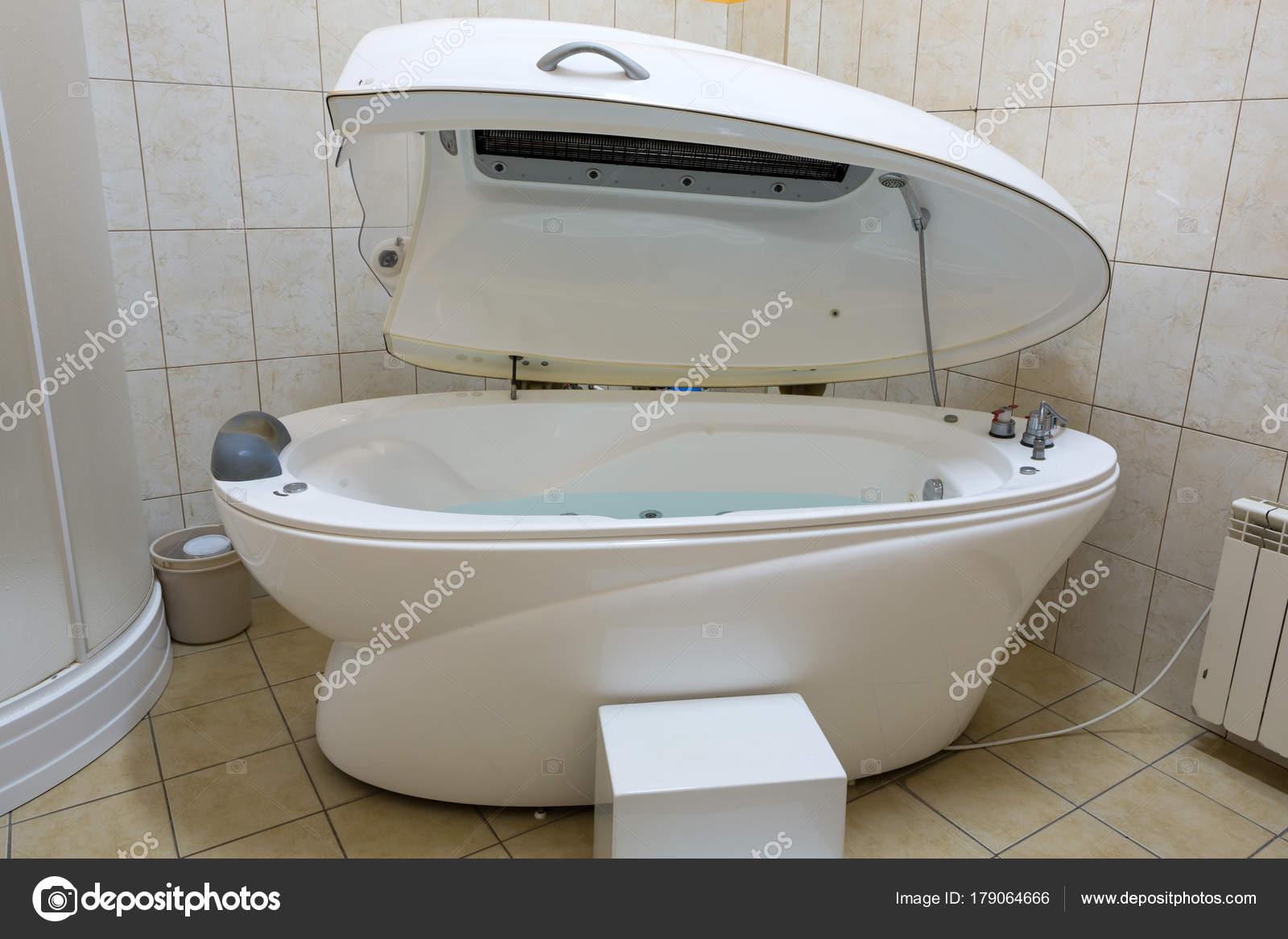 Hydromassage Bathtub Cosmetological Clinic Spa Capsule — Stock Photo ...