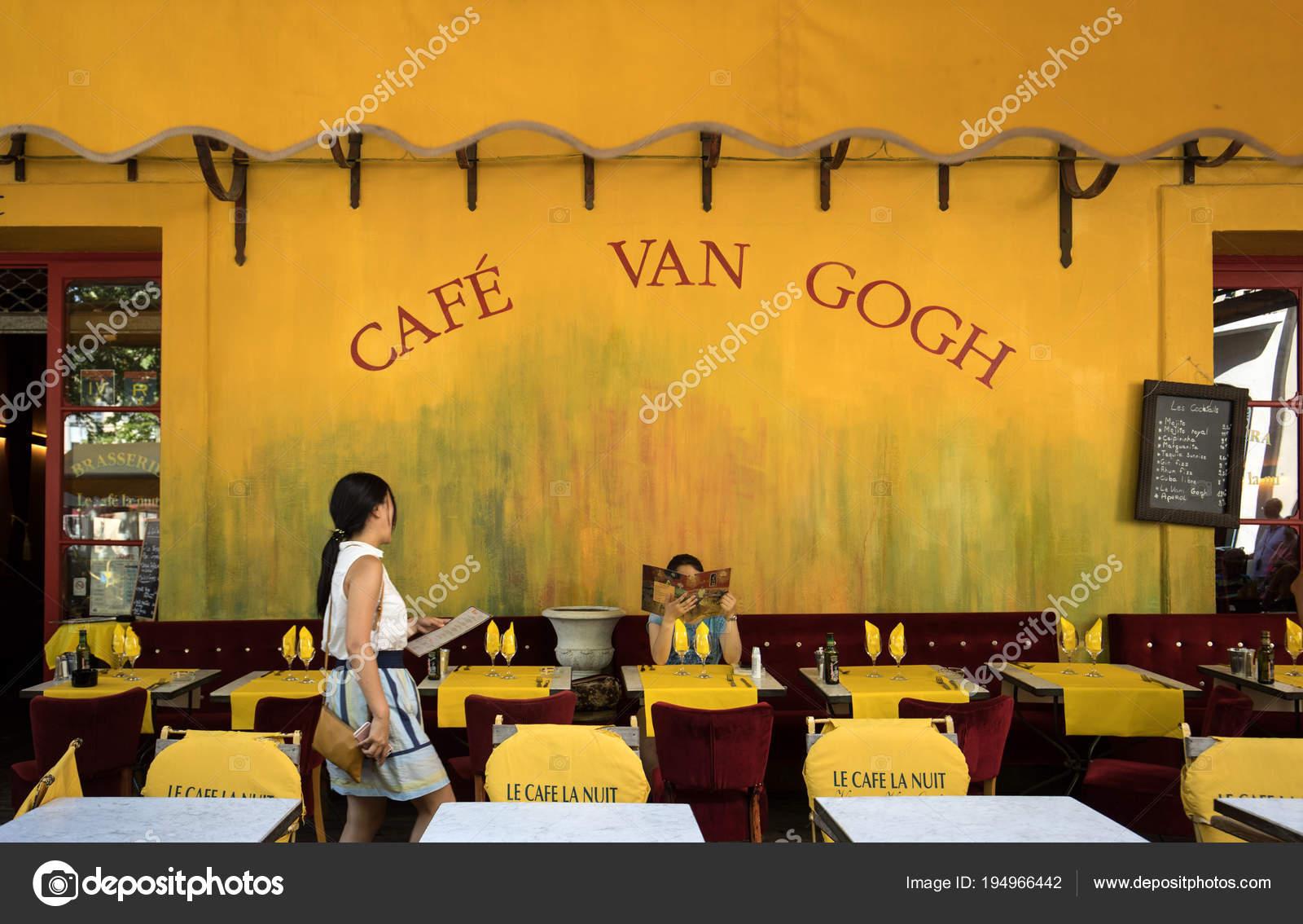 Arles Frankreich Juni 2017 Cafe Van Gogh Place Forum Arles