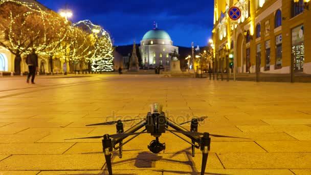 Quadrocopter startuje z Pecs, Maďarsko