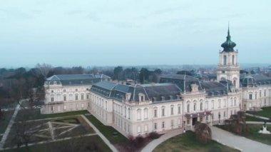 Légi videó a Festetics kastély, Keszthely, Magyarország