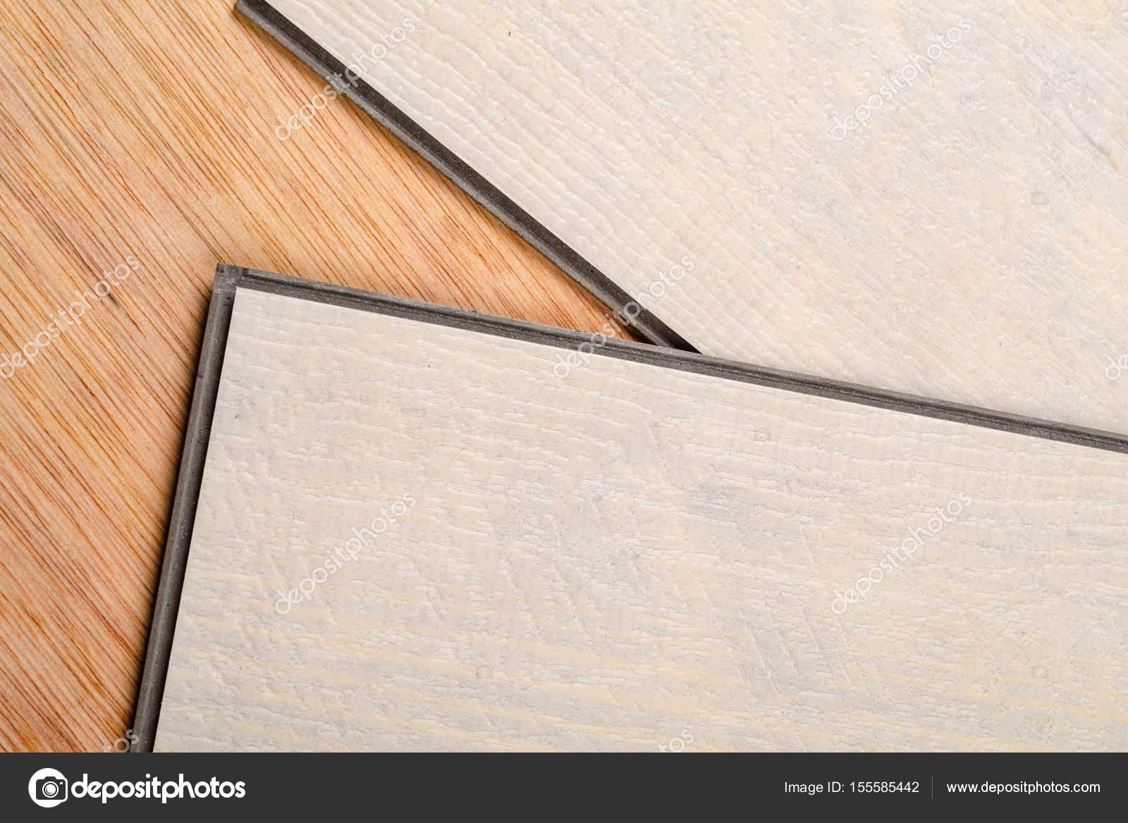 Piastrelle pavimenti vinilici di galleggiamento u foto stock