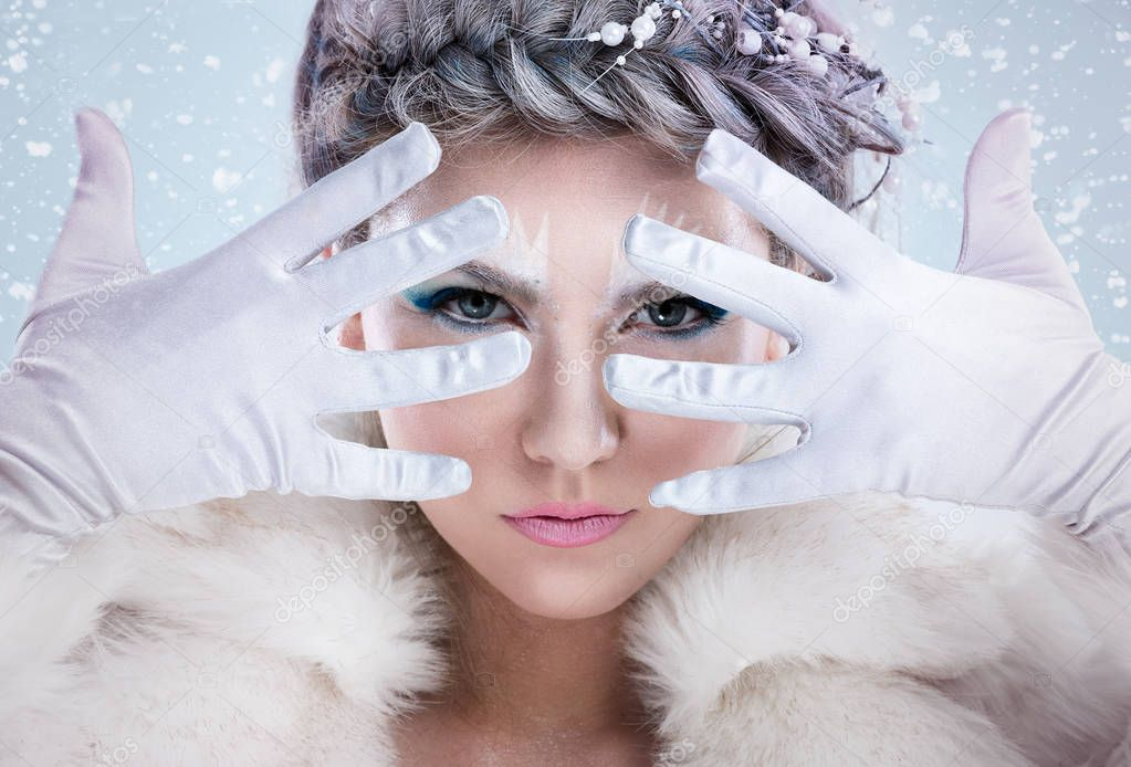 Mystic winter girl