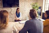 Žena na pracovní pohovor