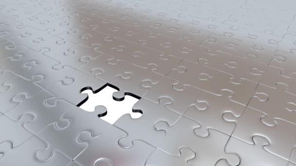 Jeden kus Puzzle červená transformovat všechny ostatní Silver dílky na červené