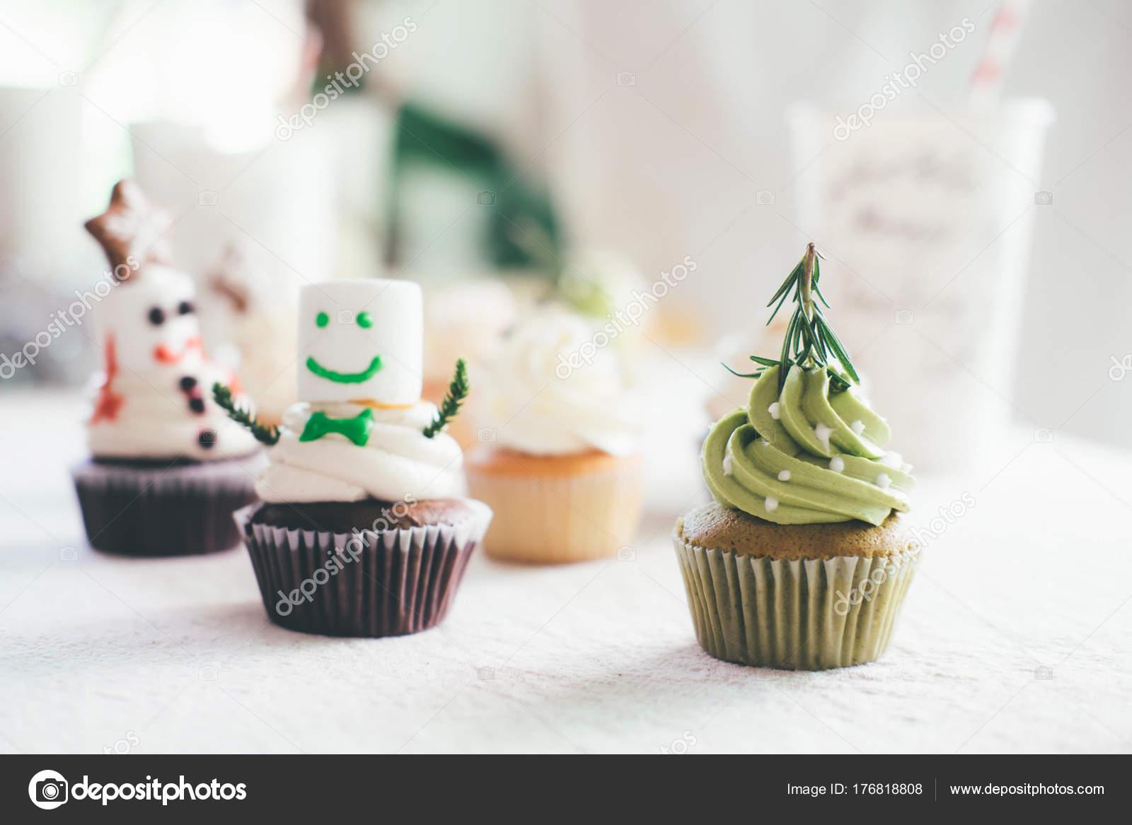 Hausgemachte Kuchen Weihnachten Und Lebkuchen Stockfoto C Ijeab
