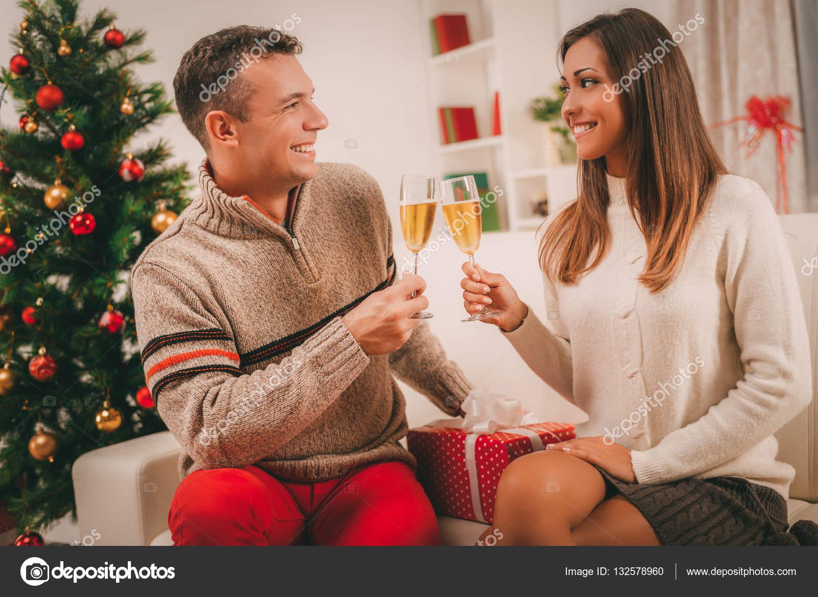 Feiern Weihnachten oder Neujahr — Stockfoto © MilanMarkovic #132578960