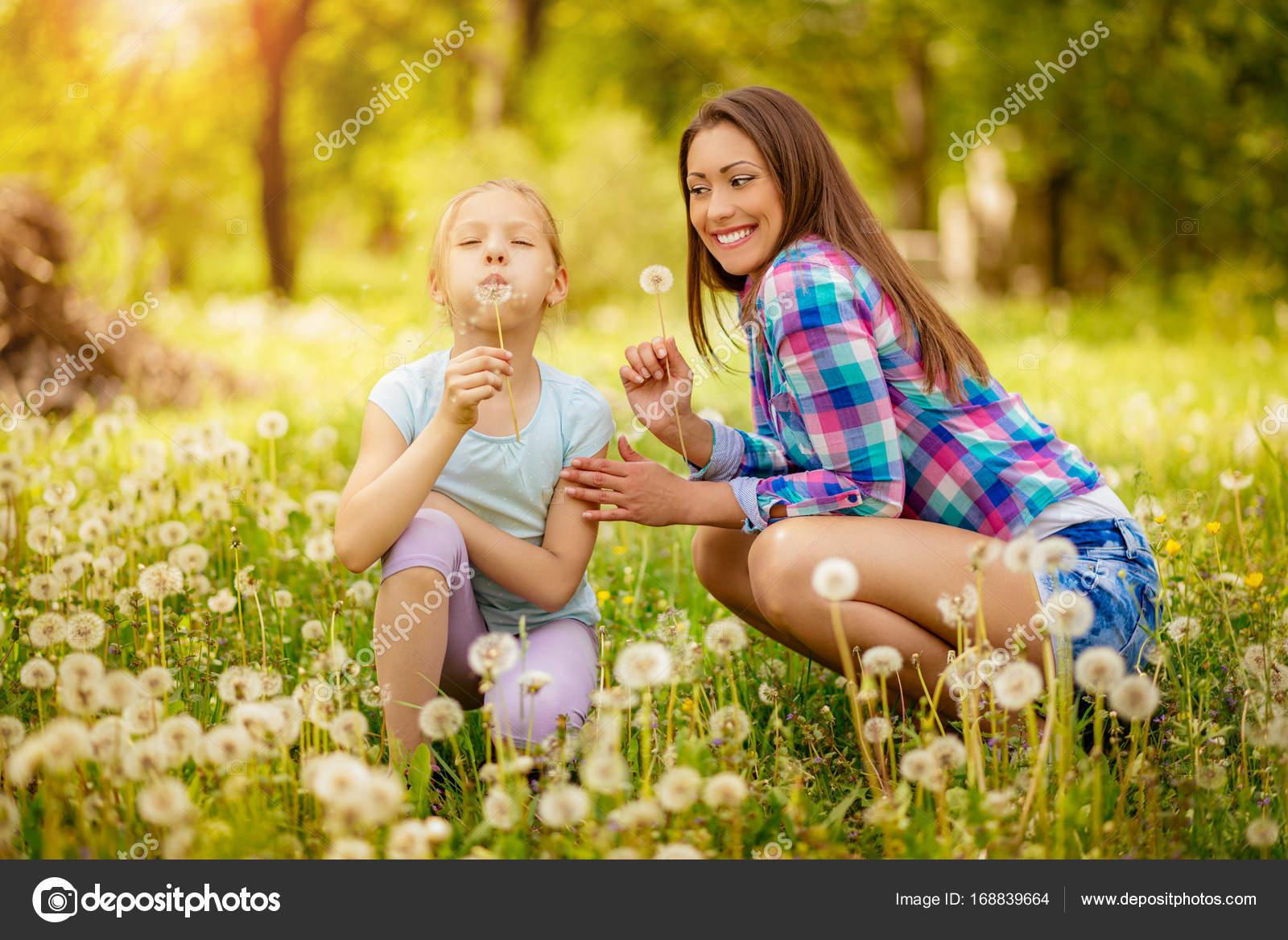 μαμά κόρη lesbian.comΤζόντι δυτικό πορνό κανάλι