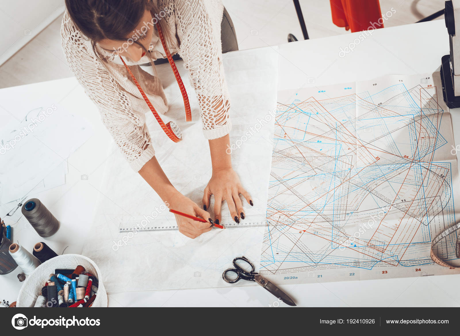 Young Fashion Designer Drawing Sewing Pattern Ruler — Stock Photo ...