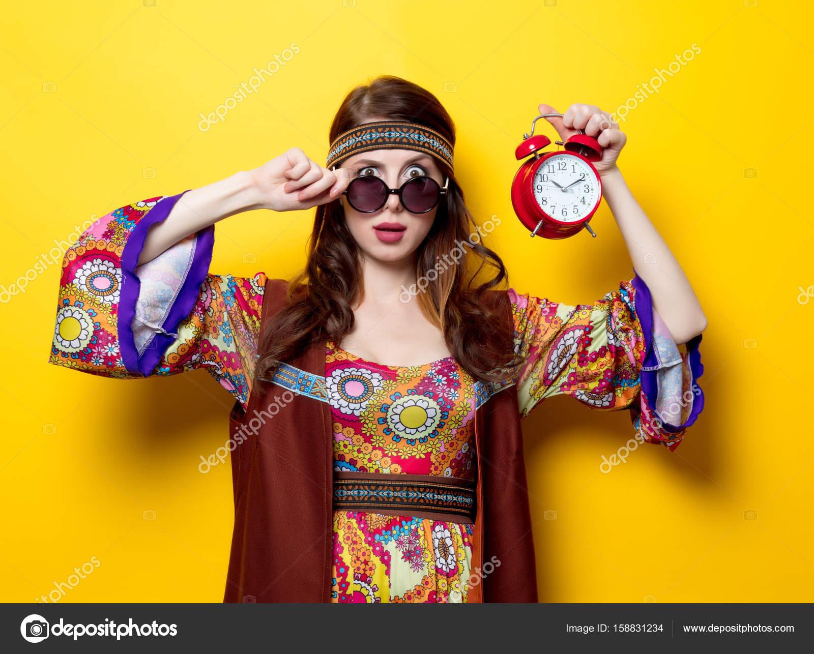 Hippie Madchen Mit Wecker Stockfoto C Massonforstock 158831234