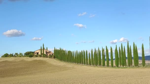 A sunny september day in Tuscany. Italy (timelapse)